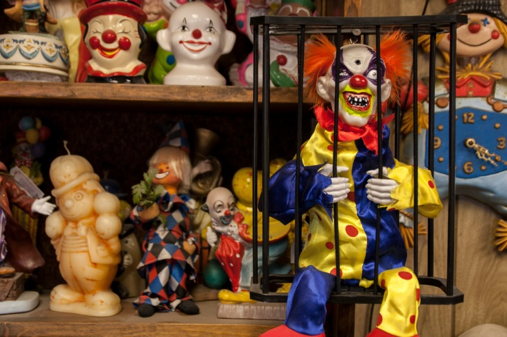 clown motel clown collection